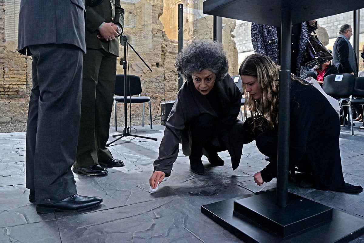 Doris Salcedo on her creation