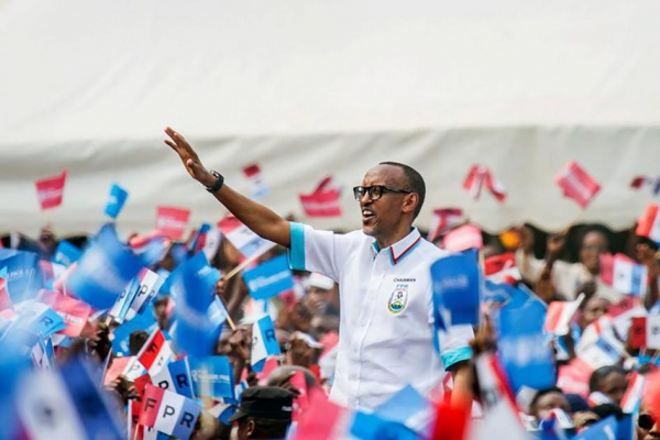 Rwandan President Paul Kagame of the ruling Rwandan Patriotic Front (RPF) waves to supporters during a rally in Nyanza, Rwanda, July 14, 2017.