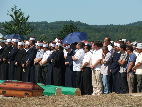 Bosnia : the search for missing persons