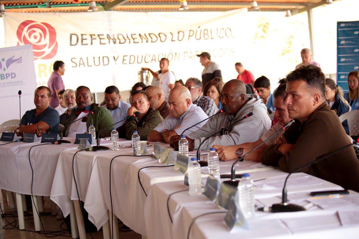 Varios ex-FARC declaran ante la JEP en Colombia