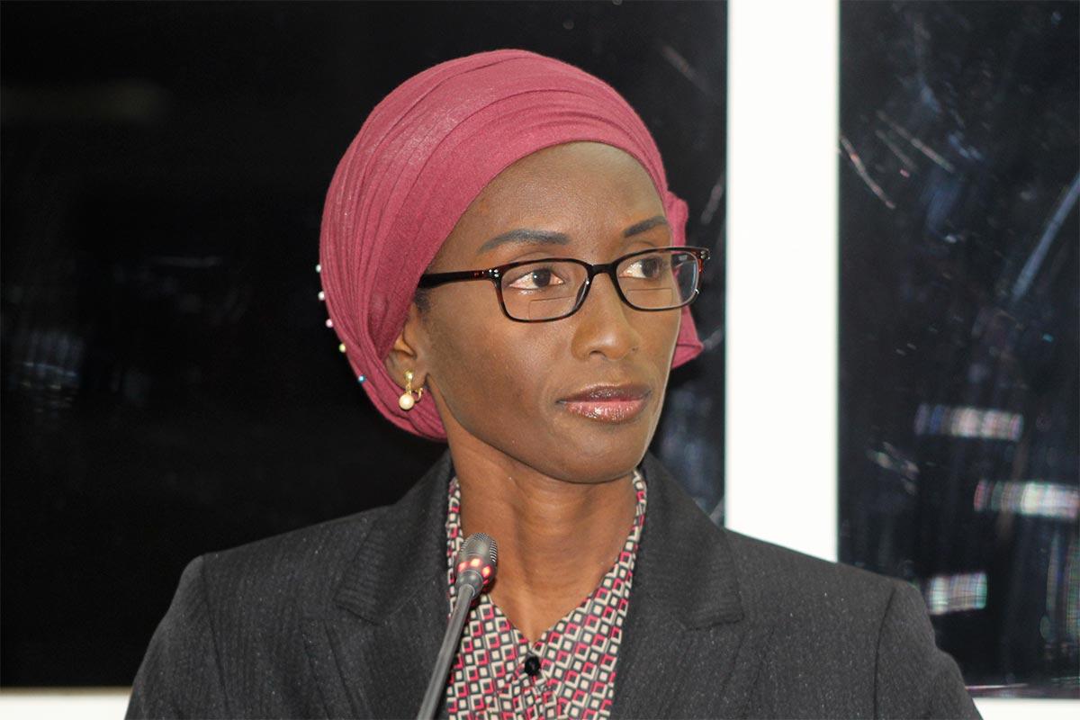 Neneh Cham témoigne devant la Commission vérité (TRRC) en Gambie