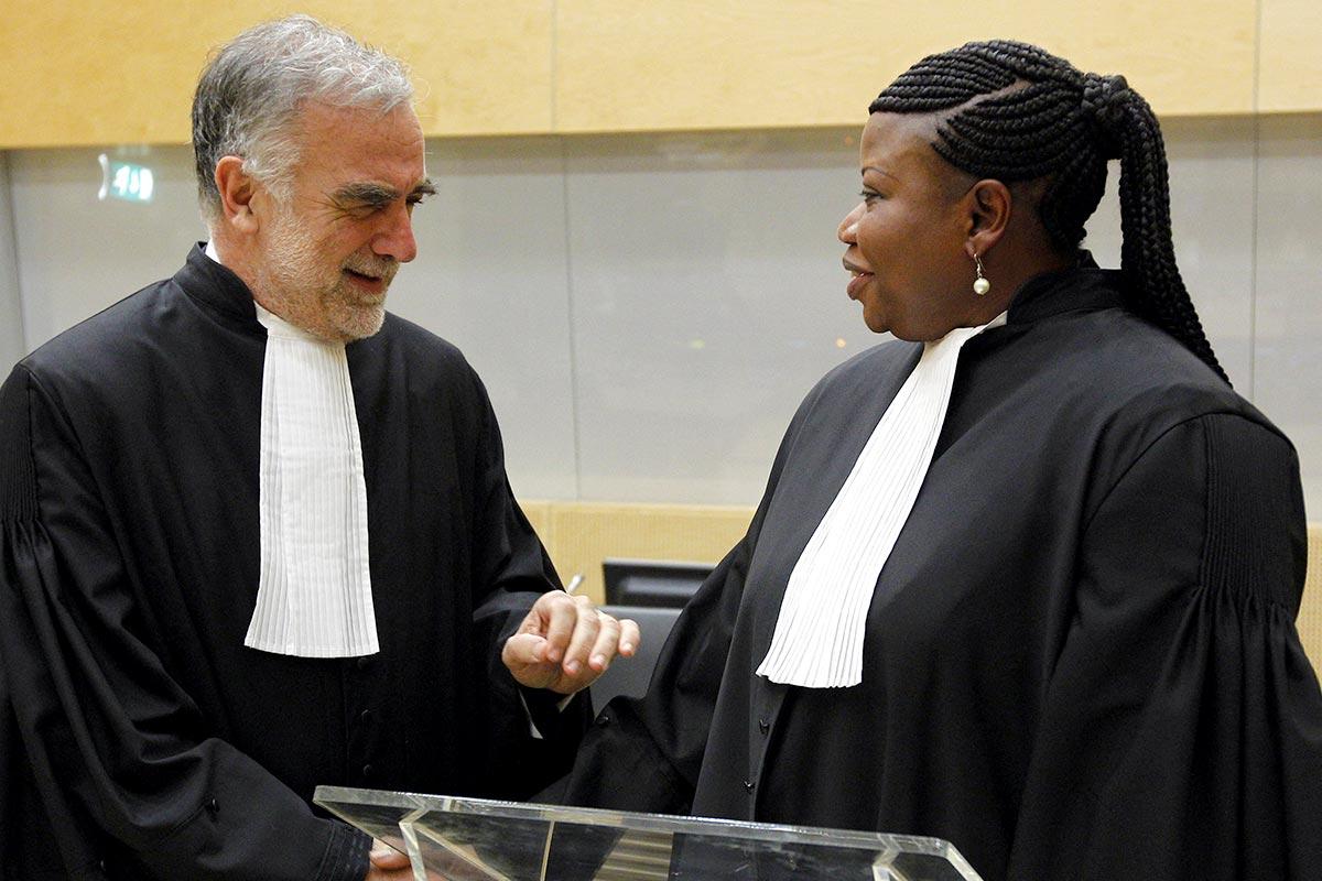 Luis Moreno-Ocampo and Fatou Bensouda at the ICC.