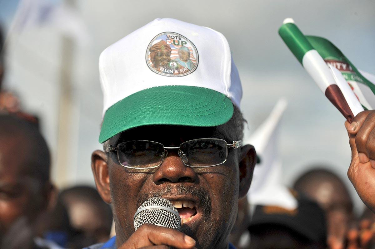 Prince Johnson en campagne électorale (Liberia)