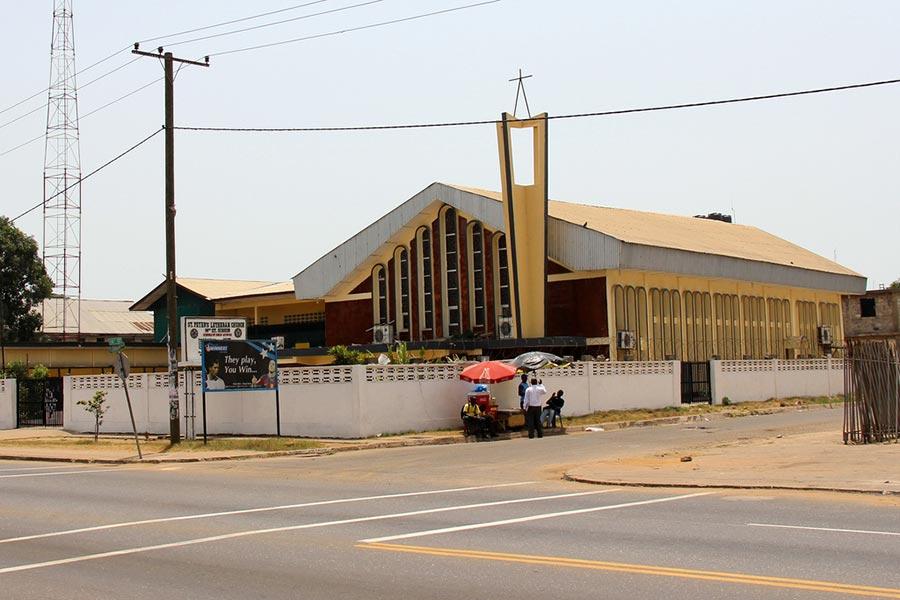 L'église luthérienne Saint-Peter, à Monrovia (Liberia)