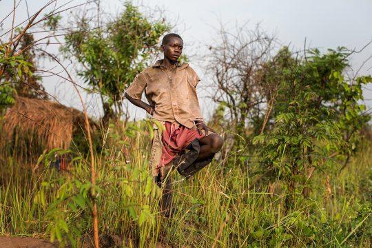 Pygmy (Twa) child in the bush (DRC)