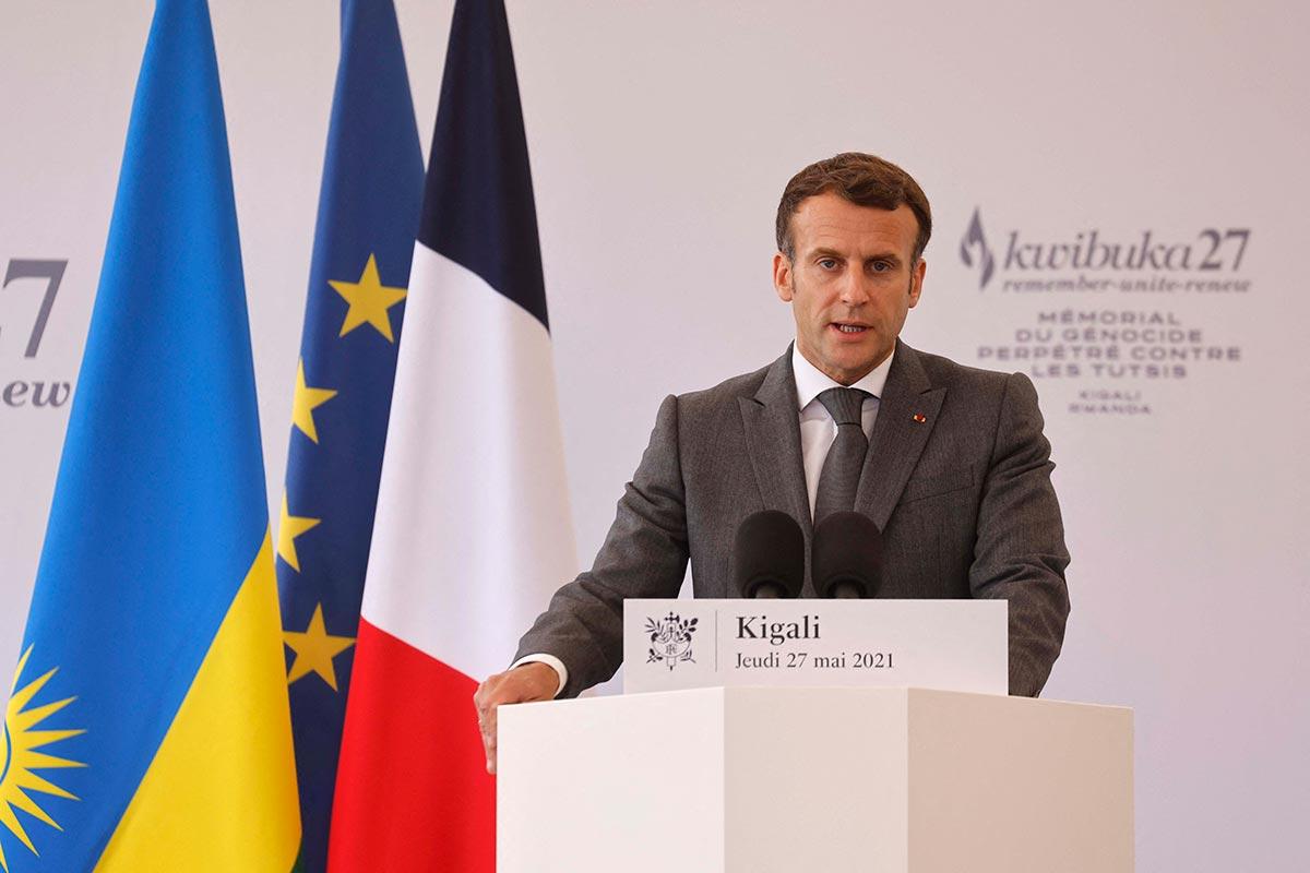 Emmanuel Macron delivers a speech in Kigali (Rwanda)