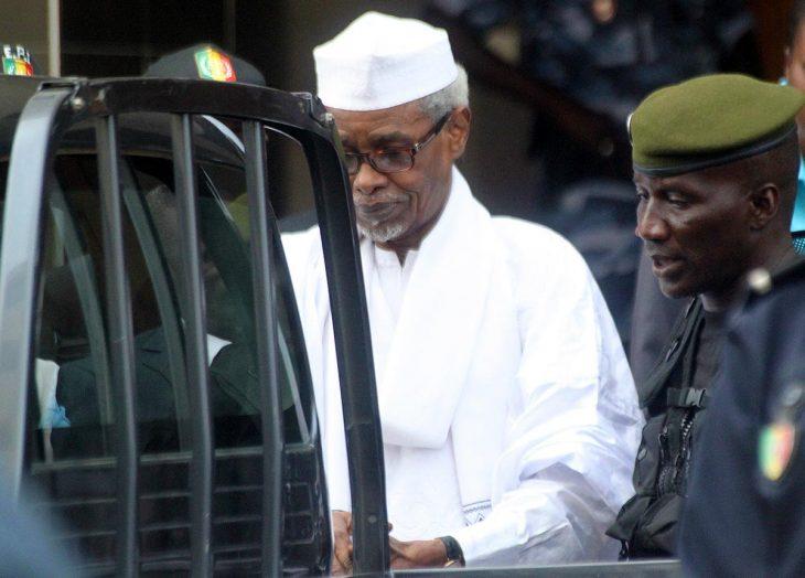 Habré reste en prison mais renforce ses soutiens
