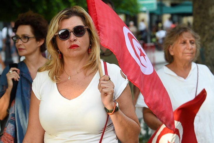 Tunisie : les femmes, « victimes ordinaires » de la violence politique ?