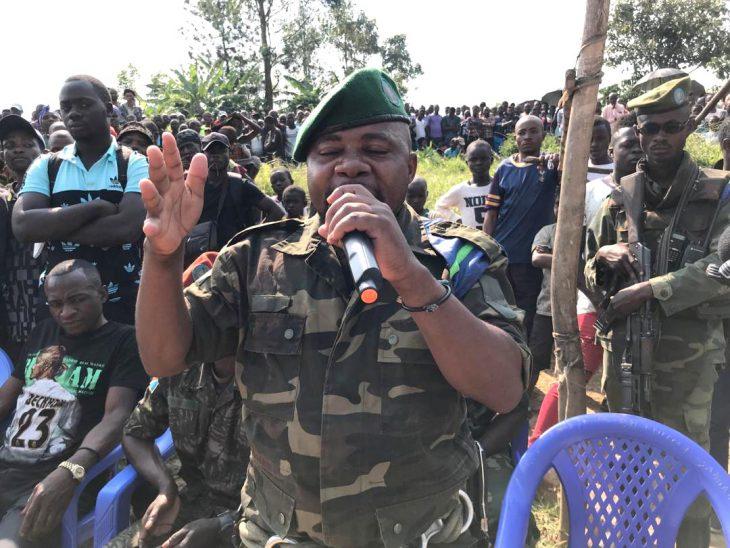 Le mandat d'arrêt contre un chef milicien congolais suscite inquiétude et suspicion