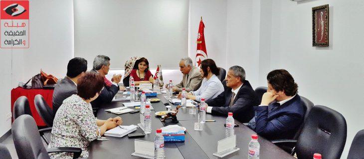 De la justice transitionnelle à une transition sans justice : les deux modèles de justice transitionnelle en Tunisie et la gestion autocratique des conflits
